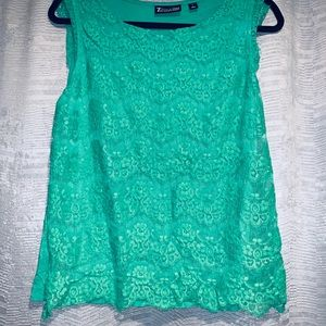 Blouse; lace overlay; Kelly green